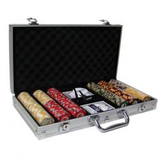 300 nile club poker chip set in an aluminum case