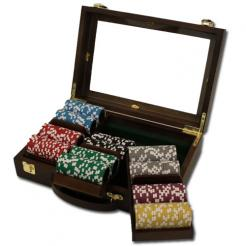300 black diamond poker chip set in a walnut case with removable chip trays